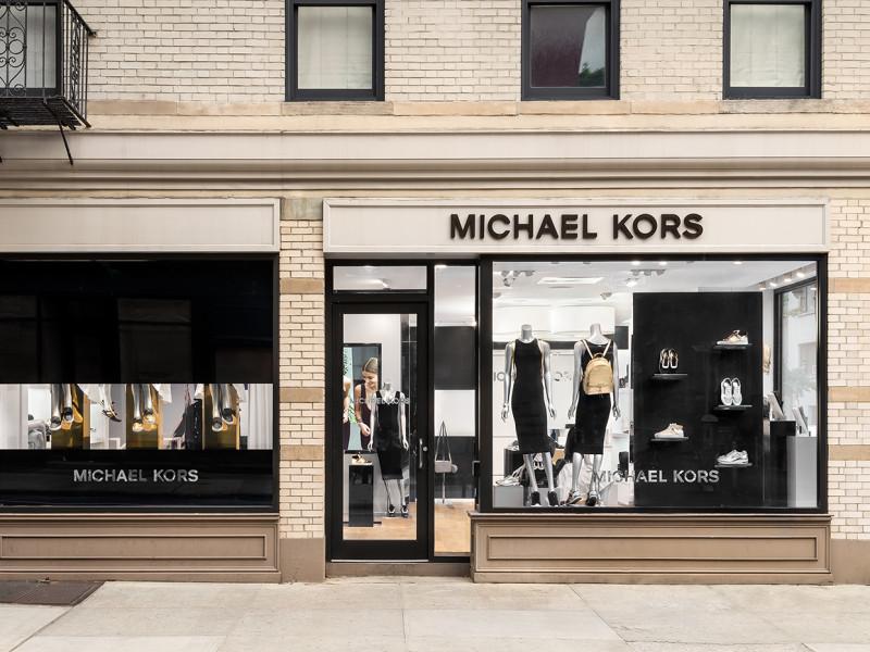 MICHAEL KORS LANCIA IL PRIMO STORE CHE CAMBIA OGNI MESE. 2 Settembre 2016  by Redazione. negozio michael kors new york 95b85c5b9b0