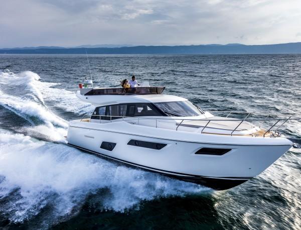 ferretti yachts 450 flybridge