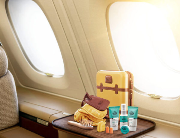 Amenity Kit by Bric's su voli Qatar Airways