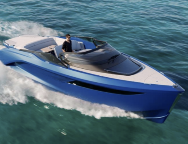 performance sports yacht Classe R di Princess - Pininfarina