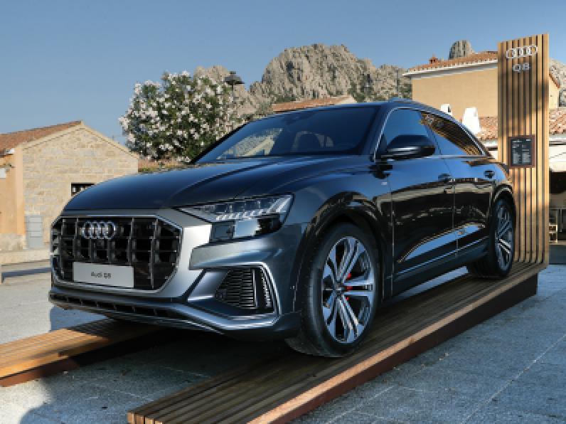 Audi - Q8