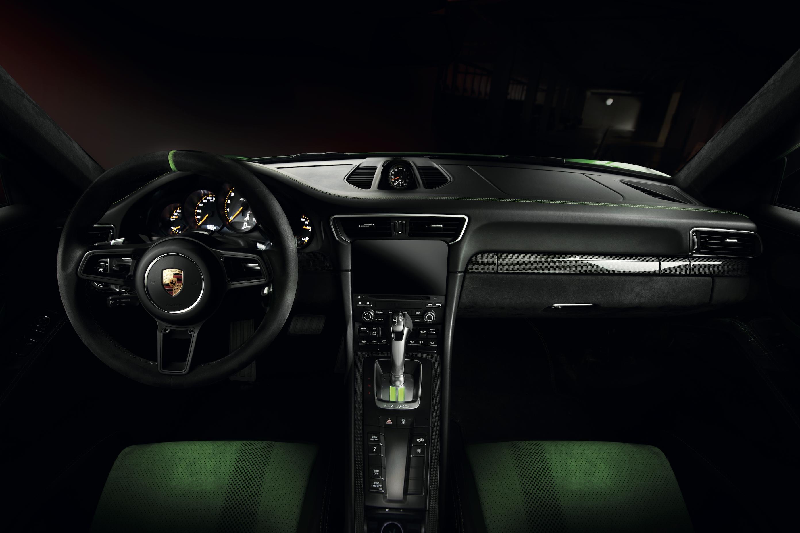 PORSCHE GT3 RS - Project by Unique Media - Ph: Roberto Felicioni - POSH 82