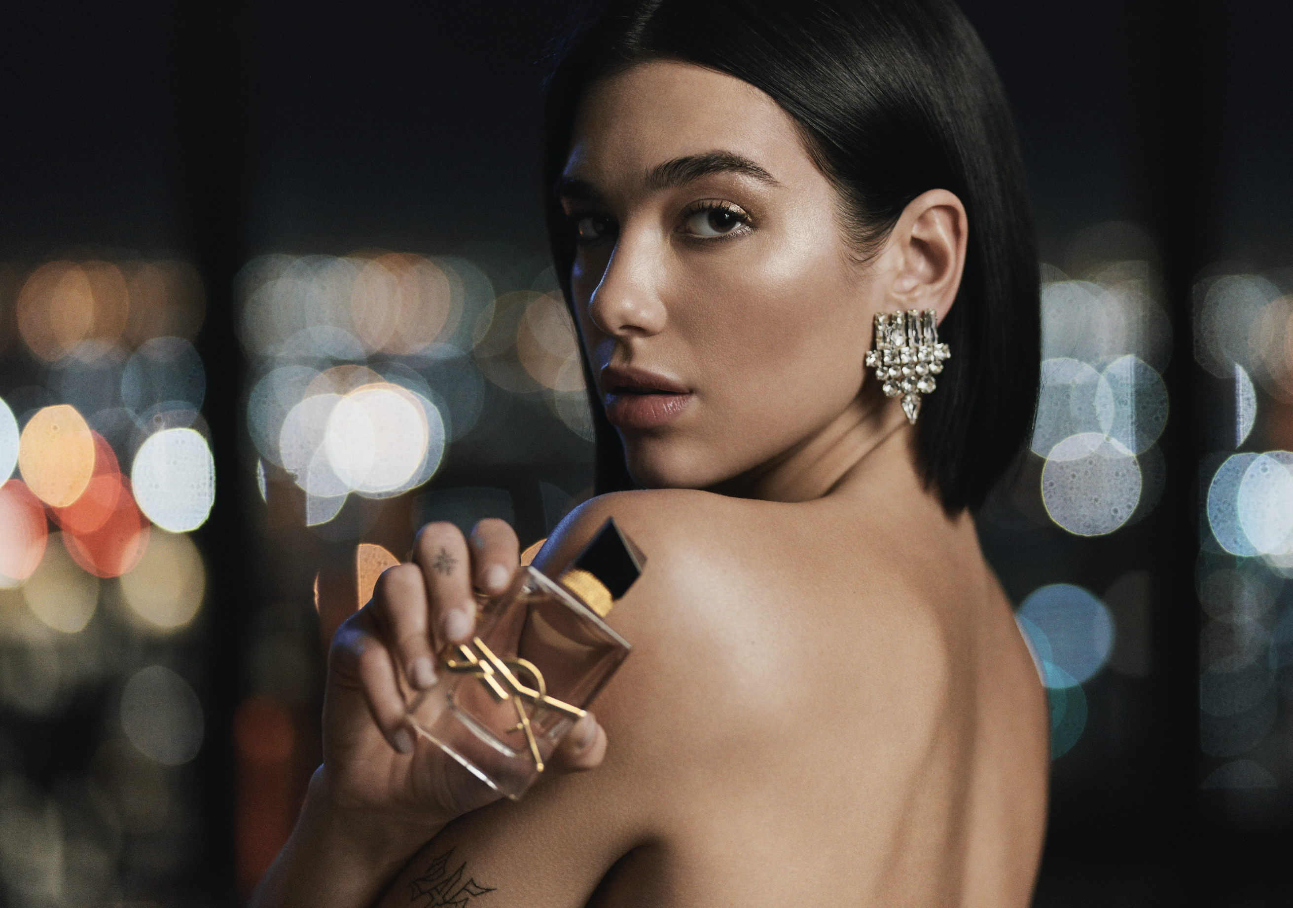 Dua Lipa x Yves Saint Laurent Beauté – Libre